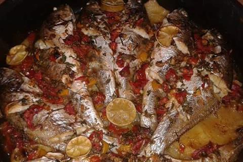 سمك قاروص بالبطاطس