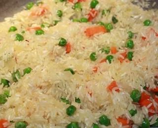 الأرز بالخضروات