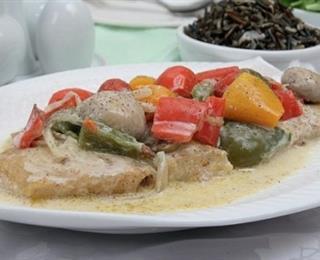 شرائح السمك مع صلصة جوز الهند