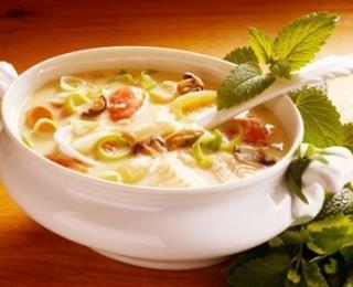 حساء الدجاج والخضار