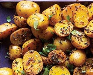 البطاطس الحارة على الطريقة الهندية