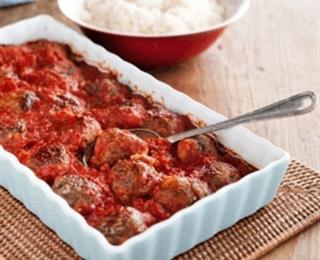كرات اللحم في صوص الطماطم