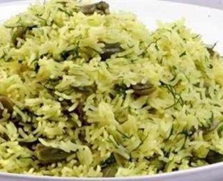الأرز بالشبت والفول الأخضر