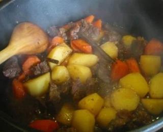 يخنة البطاطا