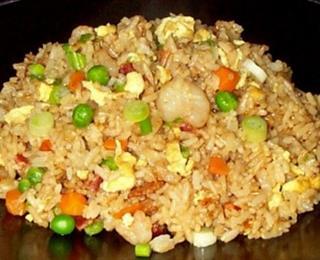 الرز الصيني بالبيض