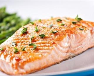 سمك السلمون بالفرن