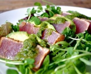سمك التونة بالكزبرة