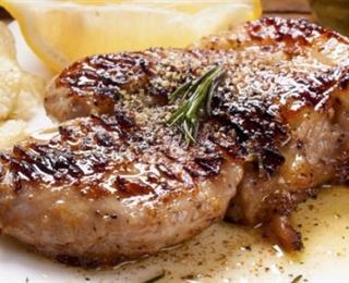 اللحم بالثوم
