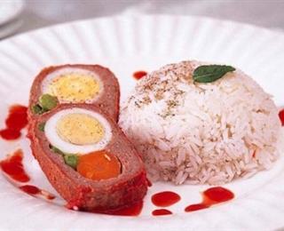 لفافة اللحم بالخضار والبيض