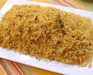 دجاج شركسية مع الأرز