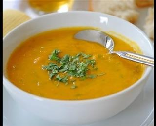حريرة (حساء) بالدجاج والجزر