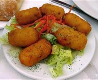 كروكيت البطاطس والذرة